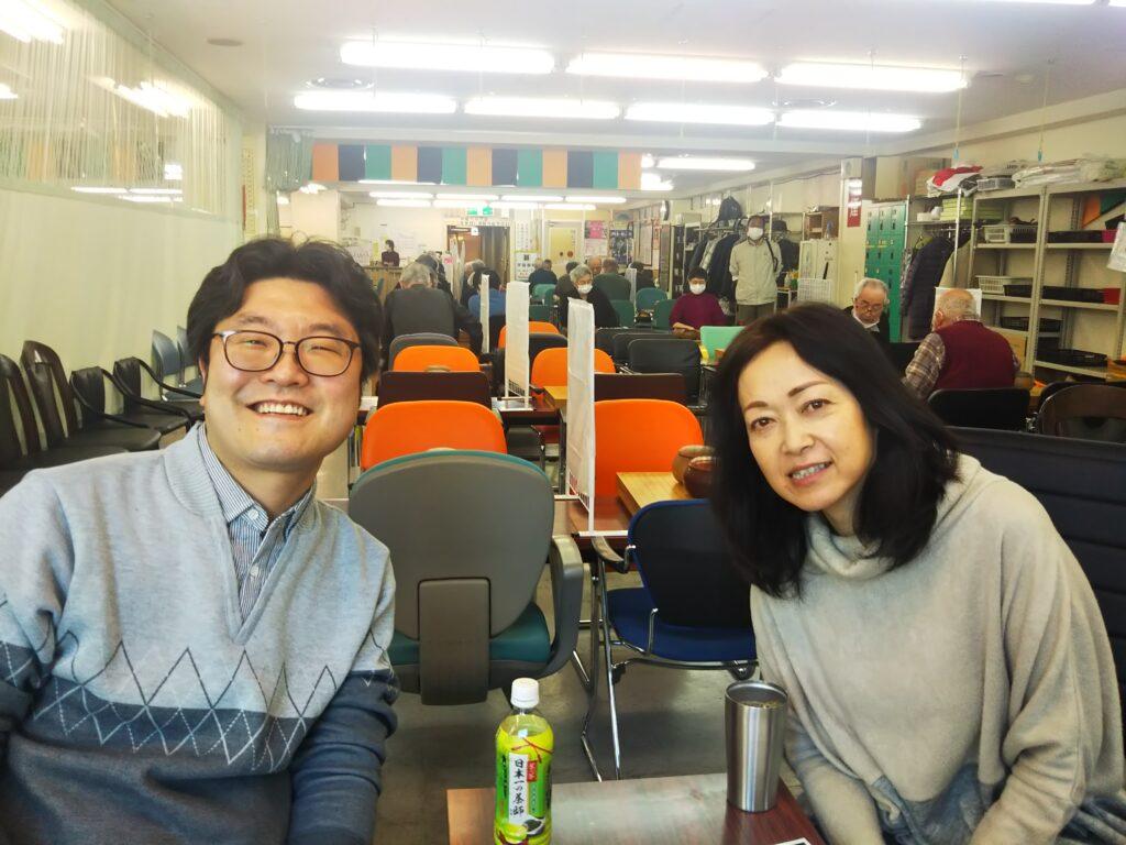 平山さんと洪さん