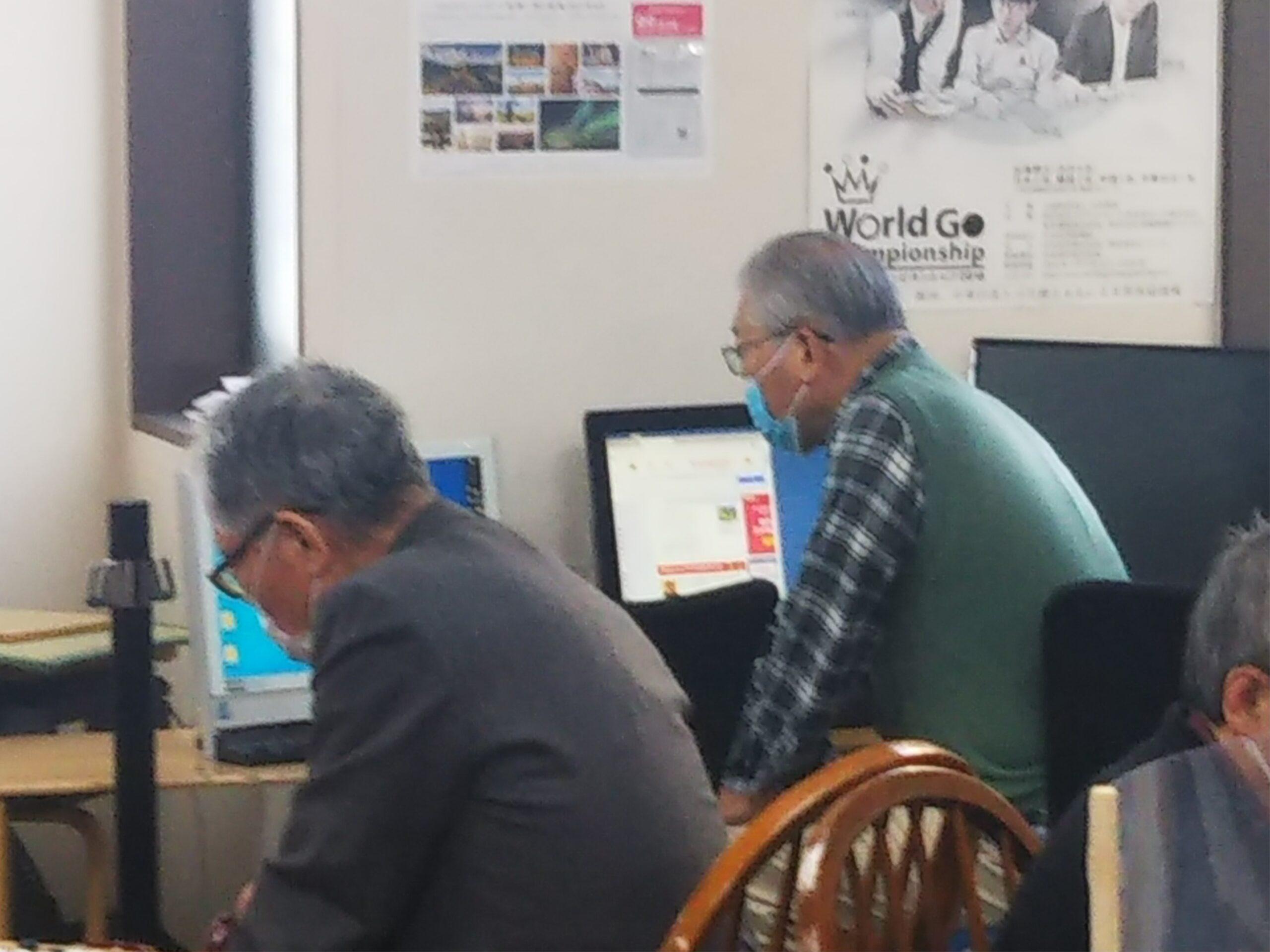 横浜囲碁センターのパソコン対局