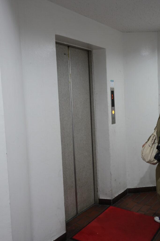 町田囲碁サロンのエレベーター