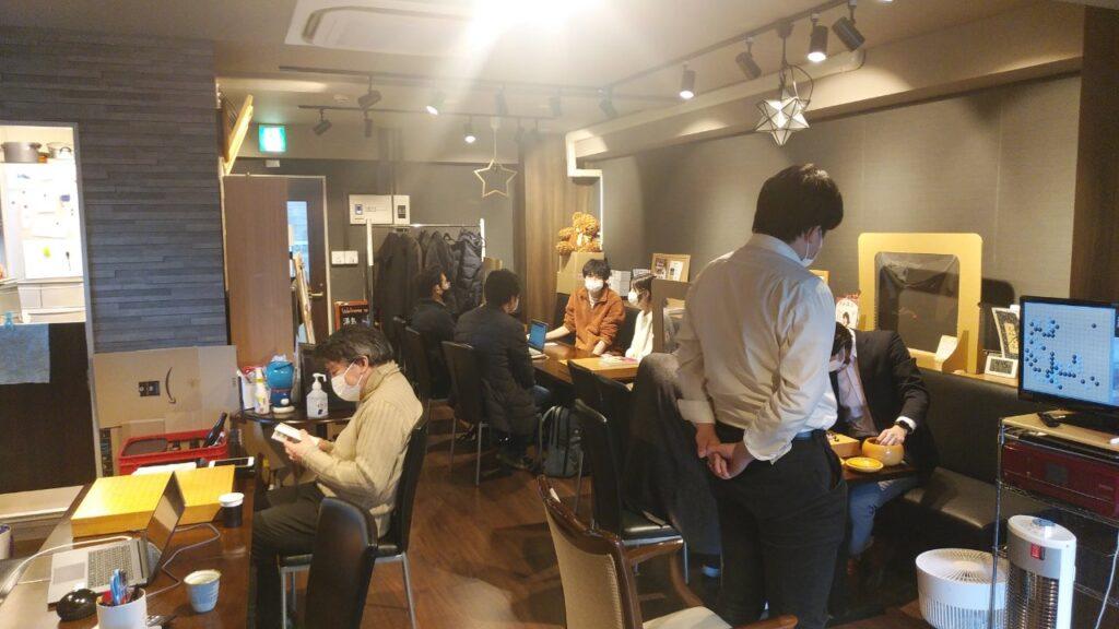 湯島囲碁喫茶の店内